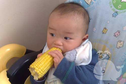 梦见吃煮熟的玉米