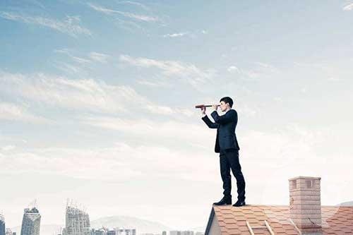 梦见自己在房顶上